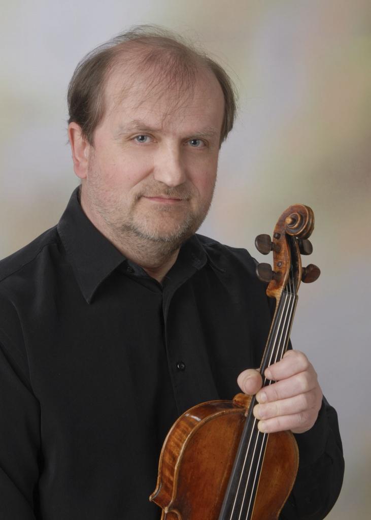 クシシュトフ・ブゾウカ第1ヴァイオリン